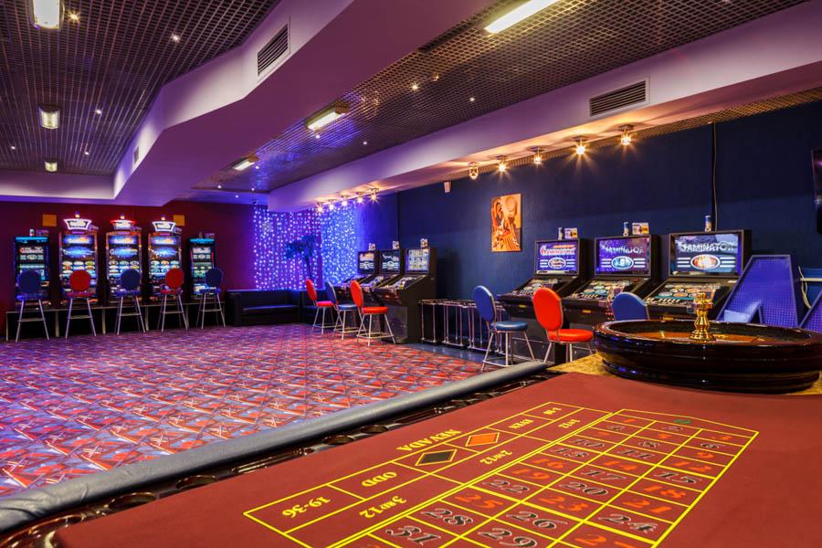 Казино залы игровых автоматоа игровые автоматы книжки бесплатно играть без регистрации