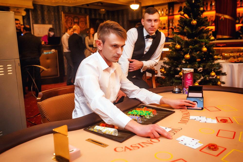 Подработка в казино в минске крейзи вегас казино партнёры