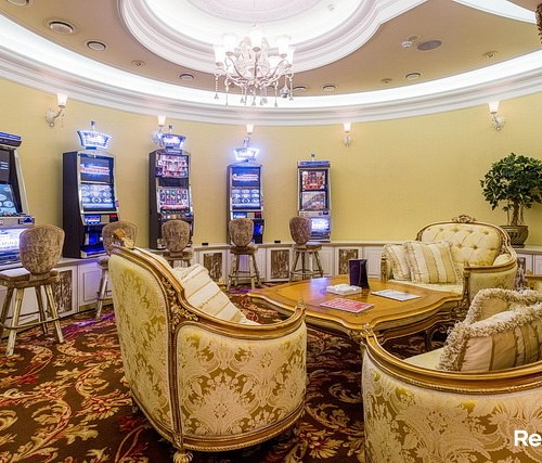 вакансии в казино белая вежа