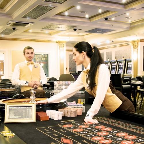 В казино Миллениум на рулетке