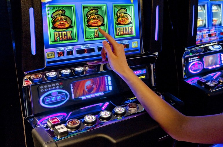 в кирове казино