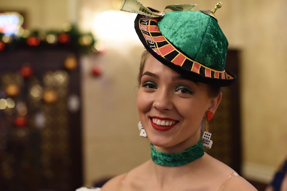 В казино «Royal» состоялся предновогодний карнавал и конкурс на лучший костюм среди персонала